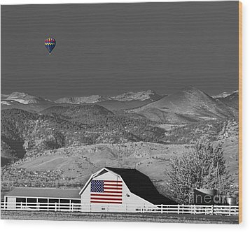 Hot Air Balloon With Usa Flag Barn God Bless The Usa Bwsc Wood Print by James BO  Insogna