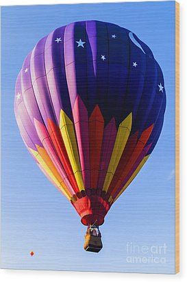 Hot Air Ballooning In Vermont Wood Print by Edward Fielding
