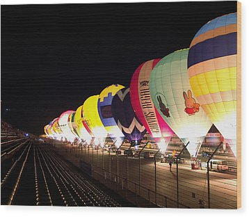 Balloon Glow Wood Print by John Swartz