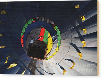 Hot Air Up Wood Print by Leon Hollins III