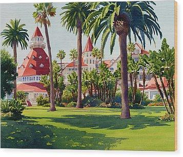Hotel Del Coronado Wood Print by Mary Helmreich