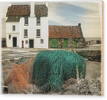 House On The Quay Wood Print by Edmund Nagele