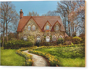 House - Westfield Nj - The Estates  Wood Print by Mike Savad