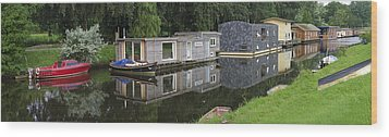 Houseboats In Canal Wood Print by Hans Engbers