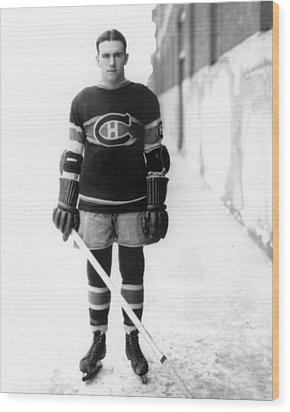 Howie Morenz Poster Wood Print by Gianfranco Weiss