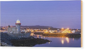 Howth Harbour Lighthouse Wood Print