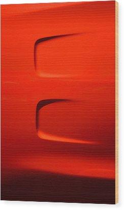Hr-15 Wood Print by Dean Ferreira