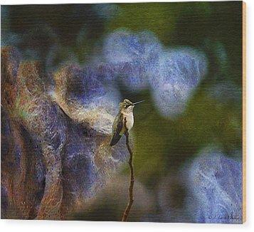 Hummingbird In The Cosmos Wood Print by J Larry Walker