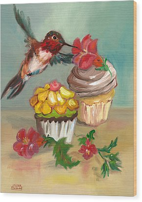 Wood Print featuring the painting hummingbird with 2 Cupcakes by Susan Thomas