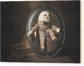 Humpty Dumpty Wood Print by Tom Mc Nemar