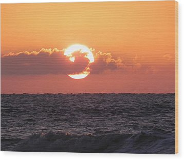 Hunting Island Sunrise Wood Print
