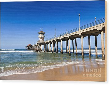 Huntington Beach Pier In Southern California Wood Print by Paul Velgos