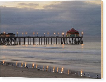 Huntington Beach Pier Morning Lights Wood Print by Duncan Selby