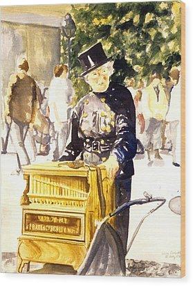 Hurdy Gurdy Frau Wood Print by Leisa Shannon Corbett