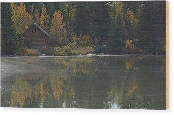 Hut By The Lake Wood Print