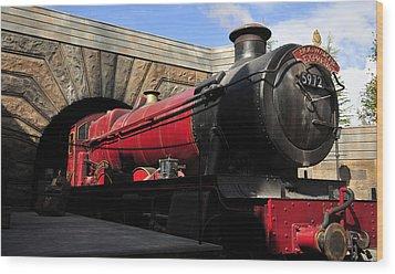 Hogwarts Express Train Work A Wood Print by David Lee Thompson