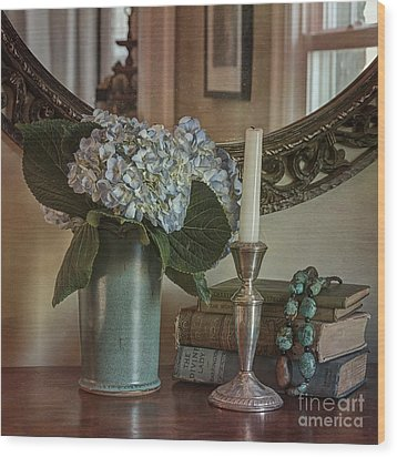 Hydrangea Still-life Wood Print by Terry Rowe
