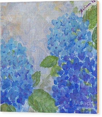 Hydrangeas On A Cloudy Day Wood Print by Arlissa Vaughn