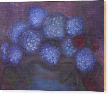 Hydrangeas Wood Print by Susan Hanlon