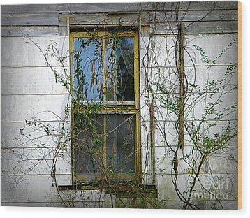 I Hear Ghosts Wood Print by Lorraine Heath