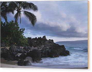 I Ke Kai Hawanawana Eia Kuu Lei Aloha - Paako Beach Maui Hawaii Wood Print by Sharon Mau
