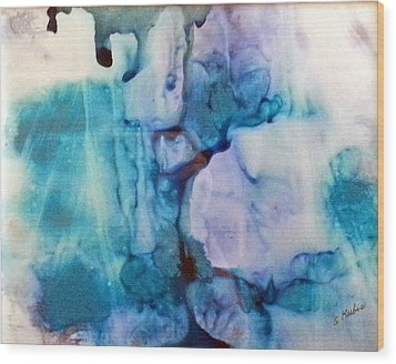 Ice Castles Wood Print by Susan Kubes