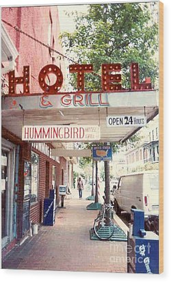 Iconic Landmark Humming Bird Hotel And Grill In New Orelans Louisiana Wood Print