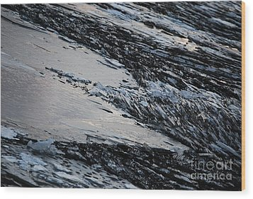 Icy Coast Wood Print by Susan Hernandez