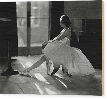 Ida Rubinstein Wearing A Tutu Wood Print by Phyllis Abbe
