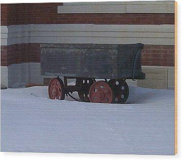 Wood Print featuring the photograph Idle Wagon by Jonathon Hansen