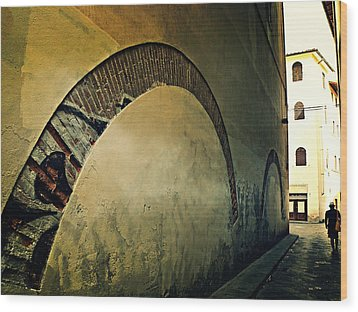 Wood Print featuring the photograph Il Muro  by Micki Findlay