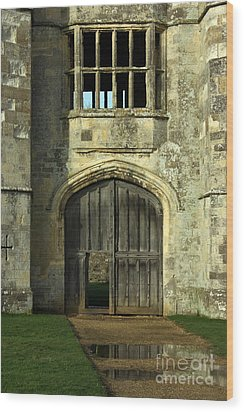 Imposing Front Door Of Titchfield Abbey Wood Print by Terri Waters