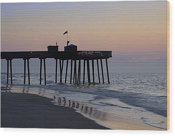 In The Morning On The Beach Ocean City Wood Print by Bill Cannon
