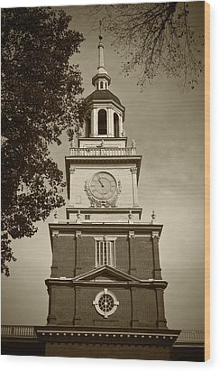 Independence Hall - Bw Wood Print