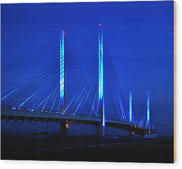 Indian River Bridge At Night Wood Print by Bill Swartwout