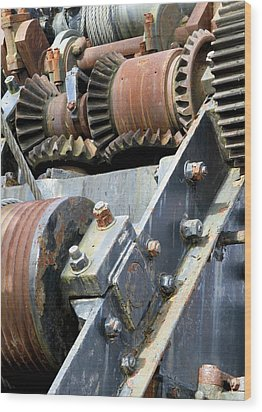Industrial Cogs And Pulley Wheels Wood Print by Science Photo Library