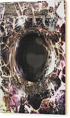 Infinite Depth Of Dreamers Eye Wood Print by Shawna Cheatham