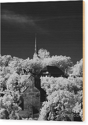 Infrared Stillwater Wood Print