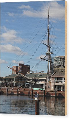 Inner Harbor At Baltimore Md - 12128 Wood Print by DC Photographer