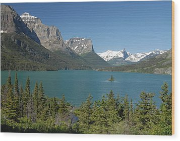 Inspiring View Of Glacier National Park Wood Print by Larry Moloney