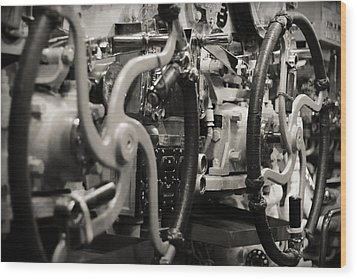 Internal Mechanics Uss Bowfin Wood Print by Douglas Barnard