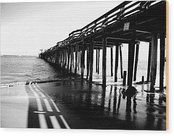 Into The Sea Wood Print