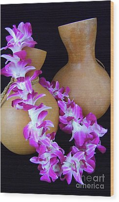 Ipu And Orchid Lei Wood Print by Mary Deal