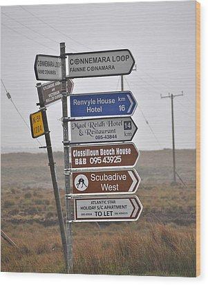 Ireland Road Sign 1 Wood Print