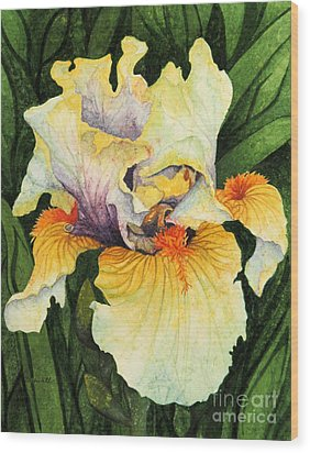 Iris Elegance Wood Print by Barbara Jewell