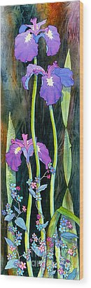 Wood Print featuring the painting Iris Tall And Slim by Teresa Ascone
