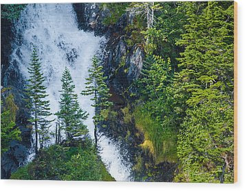 Island In The Cascade Wood Print by Adam Pender