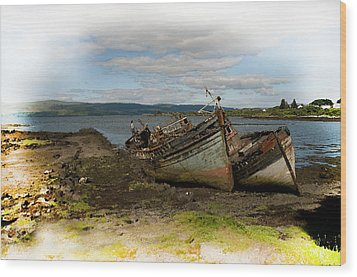 Isle Of Mull Boats Wood Print