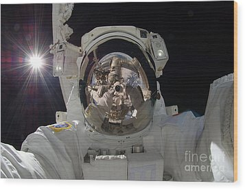 Iss Expedition 32 Spacewalk Wood Print by Nasa Jsc