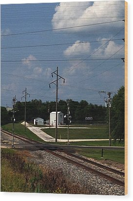 Jacksonville Il Rail Crossing 1 Wood Print by Jeff Iverson